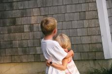 B&K hug